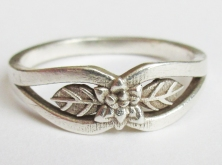 silver flower ring 5